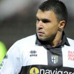 Valeri Bojinov, Lecce - 15 anni, 11 mesi e 12 giorni. Ha esordito il 27 gennaio 2002 in Lecce-Brescia 1-3.