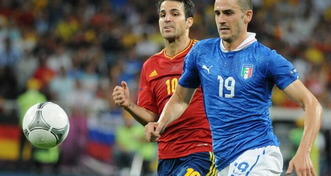 Leonardo_Bonucci_and_Cesc_Fàbregas_Euro_2012_final