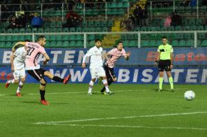Rigore Nestorovski Palermo Foggia