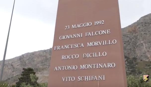 stele-giovanni-falcone