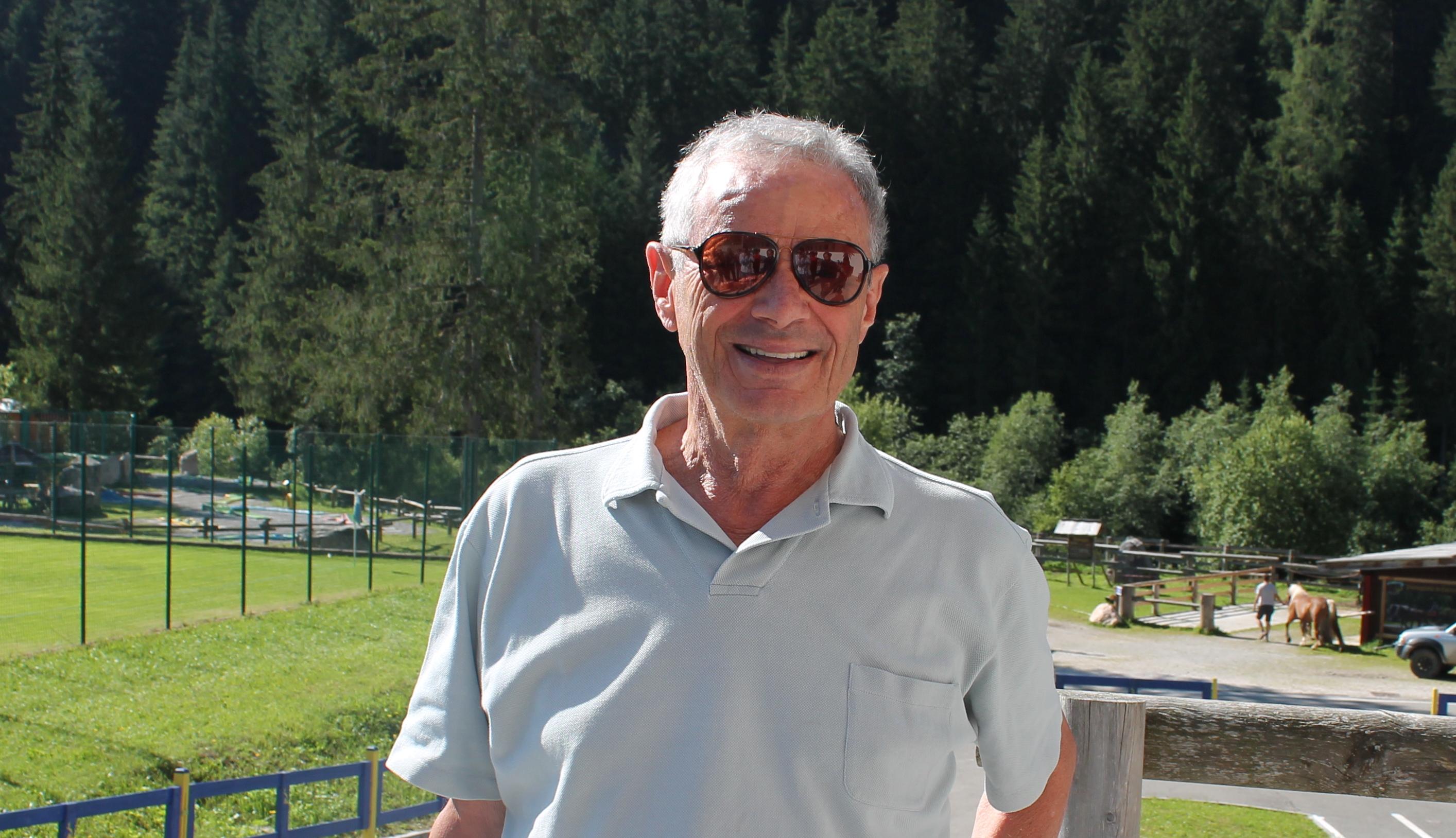 """Il bilancio del Palermo è stato approvato. L'assemblea dei soci (di fatto rappresentata da Maurizio Zamparini) ha dato l'okal documento contabile al 30 giugno 2018, rispettando così le scadenze previste per la consegna di tutte le carte alla Covisoc, al fine di evitare possibili sanzioni e penalizzazioni per il club rosanero. STELLONE: """"VOGLIAMO VINCERE. IL PUBBLICO CI DAREBBE UNA MANO"""" Per la firma si aspettava il parere (obbligatorio ma non vincolante) del collegio dei sindaci e della società di revisione, la Baker Tilly Revisa; pareri che sarebbero comunque di segno positivo per un bilancio che dovrebbe presentare perdite di moltoinferiori"""