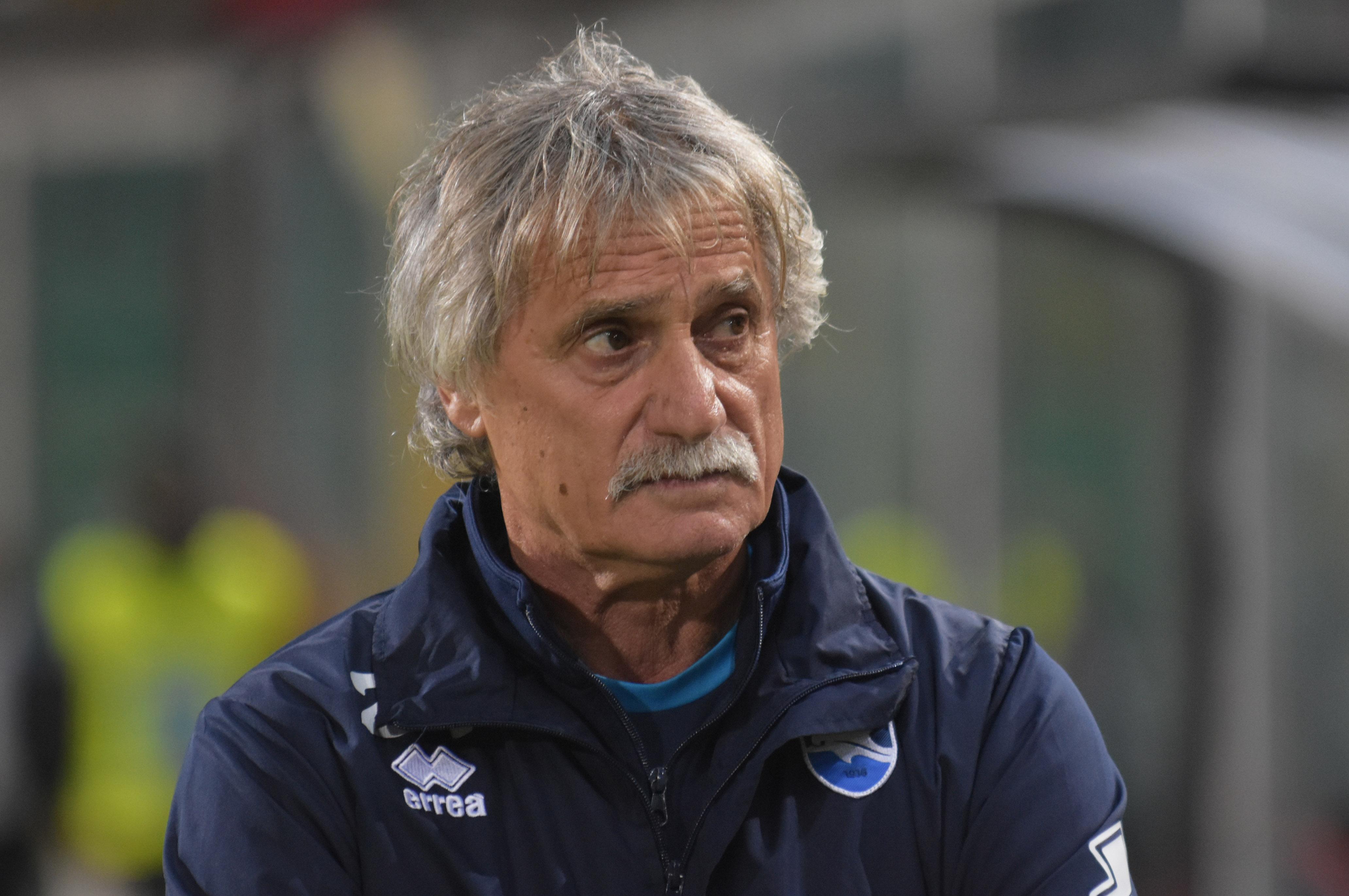 """L'amarezza di Bepi Pillon. L'allenatore del Pescara parla in conferenza stampa dopo il match del Barbera, partendo da una convinzione: il risultato si accetta, ma (secondo Pillon) sarebbe bugiardo per quanto visto in campo. GIAMMARVA ALLO STADIO. SEGNALE PER IL FUTURO? Pillon afferma: """"Avevamo di fronte una grande squadra e accettiamo il verdetto; ma il 3-0 è un risultato bugiardo per quanto visto in campo.Abbiamo schiacciato il Palermo e avuto buone occasioni; potevamo anche trovare il pareggio, ma ci siamo spinti in avanti nel finale, ci siamo presi dei rischi e ci hanno colpito; ci è mancato solo il colpo"""