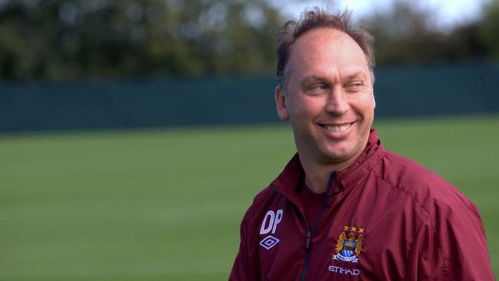 Il 52 enne inglese David Platt potrebbe far parte del nuovo consiglio di amministrazione del Palermo. L'ex calciatore e allenatore inglese, infatti, sembra possa far parte di una serie di rappresentanti della nuova proprietà londinese del Palermo calcio che sarà svelata nei prossimi giorni. David Platt non è un elemento del tutto nuovo nel calcio italiano, anzi. Dopo aver militato nelle giovanili del Manchester United (1983-1985), nel Crewe Alexandra (1985-1988) e nell'Aston Villa (1988-1991), Platt è arrivato in Italia, militando prima nel Bari ('91-'92), poi nella Juventus ('92-'93) dove ha vinto una Coppa Uefa e, infine, nella Sampdoria ('93-'95) dove