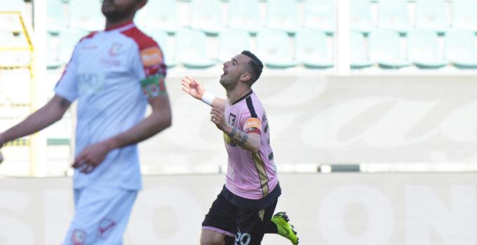 gol Nestorovski Palermo Carpi