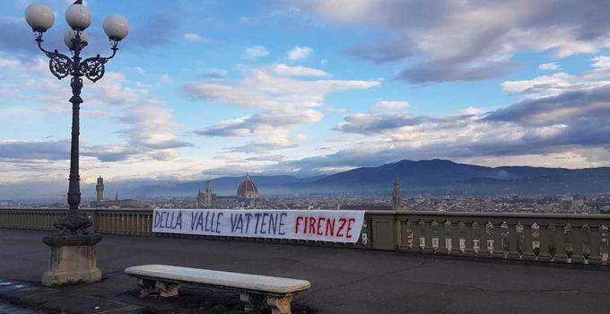 striscione-fiorentina-della-valle