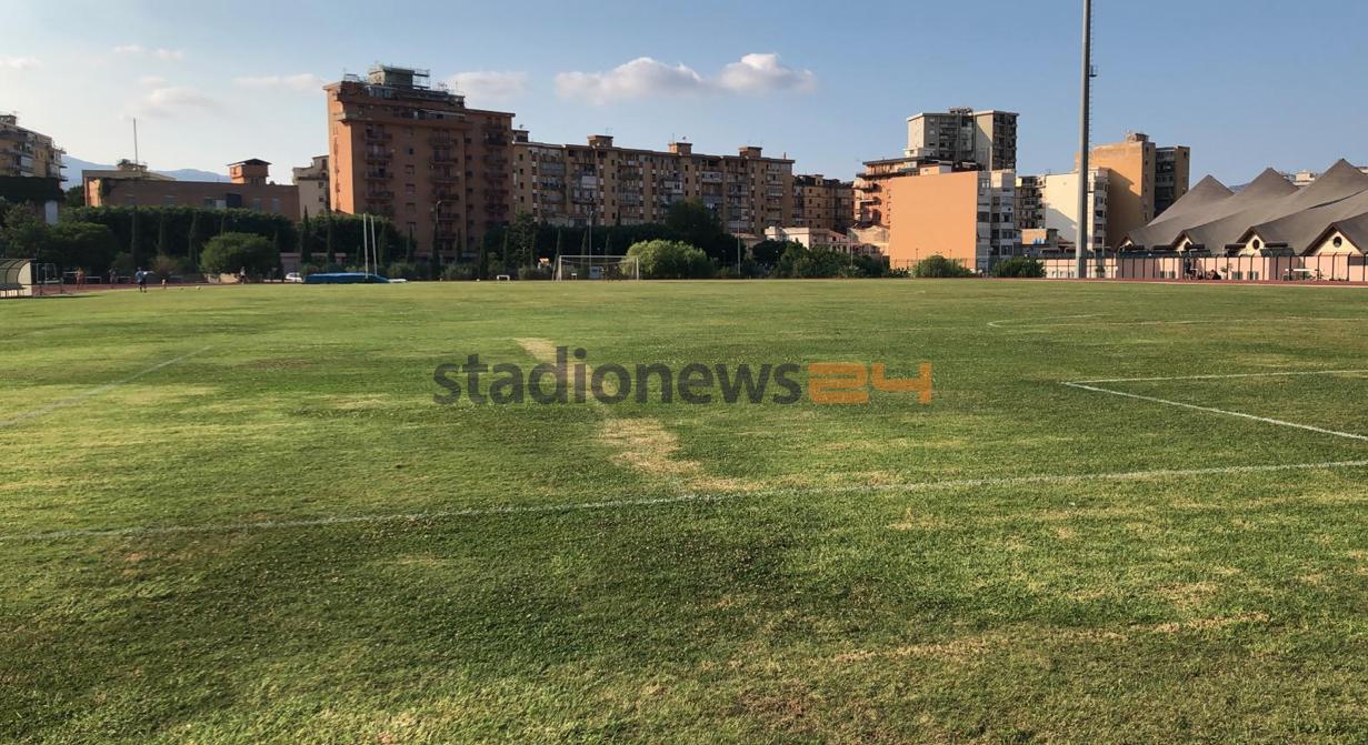 L'ultima amichevole del Palermo si giocherà al Cus contro l'A.C. Geraci, giorno 28 agosto alle ore 15.00. La squadra rosanero, quindi, pochi giorni prima del debutto contro il Marsala, sfiderà una squadra d'Eccellenza. La squadra che rappresenta Geraci Siculo, infatti, è stata inserita nel girone A del campionato d'Eccellenza e sarà l'ultima avversaria del Palermo prima del debutto in Serie D, giorno 1 settembre. La partita si svolgerà al Cus, in via Altofonte, e sarà a porte aperte; l'impianto può contenere 1000 persone. Il Palermo, almeno nella prima fase della stagione, si allenerà proprio in questi campi. LEGGI ANCHE PALERMO,
