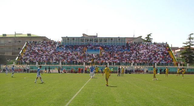 stadio_marcello_torre