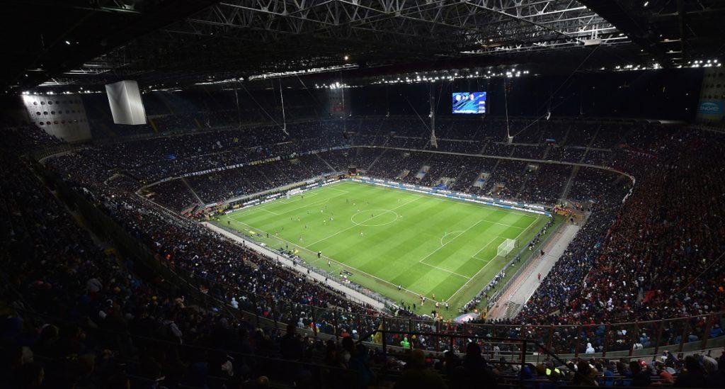 San Siro è quasi pieno, sono 45.000 i tifosi dell'Atalanta